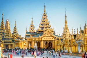 outer terrace shwedagon pagoda