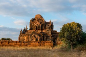 Thitsarwadi Pagoda, one of the best Bagan tourist attractions