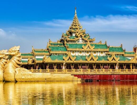 Karaweik Royal Barge,Places of interest in Yangon_ Kandawgyi Lake, Yangon