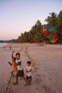 myanmar beach children