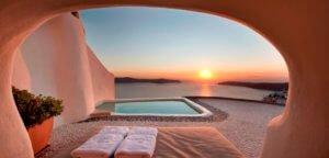 Kapari hotel private swimming pool santorini