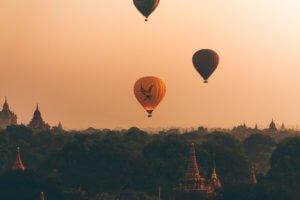 golden eagle hot air balloons bagan