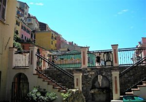 where to stay in cinque terre italy - manarola village cinque terre