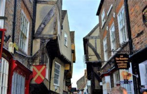 york shambles: places in england