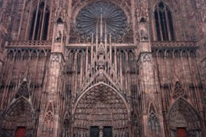 façade of Strasbourg Cathedral