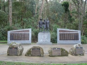 kokoda statue memorial 1000 steps melbourne