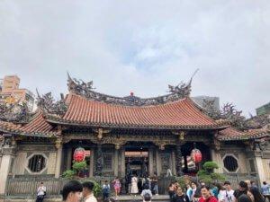 lung shan temple taipei taiwan