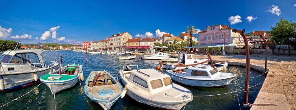 Stari Grad waterfront