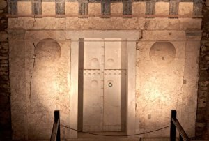royal tomb of philip II vergina greece